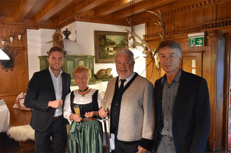 Diamante Goldene Hochzeit Fügen Im Zillertal Gemeinde